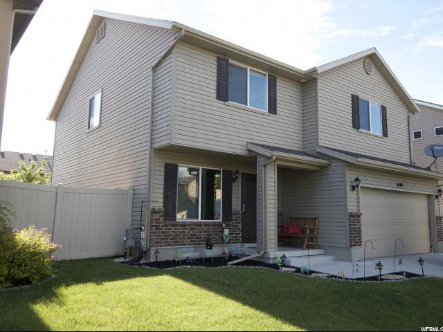 1049 N Cambria Dr, North Salt Lake, UT 84054 (#1604094) :: Colemere Realty Associates