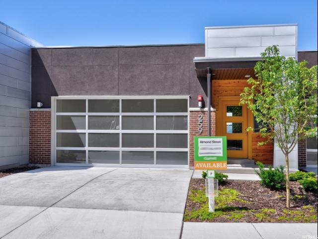 259 N Almond St W, Salt Lake City, UT 84103 (#1604839) :: Bustos Real Estate   Keller Williams Utah Realtors
