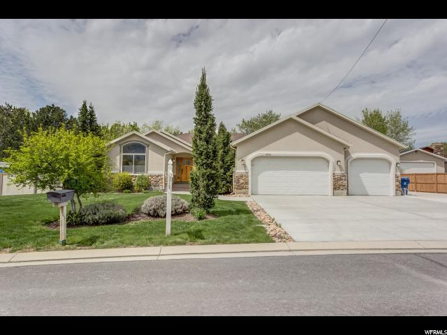 9524 S Hawkins Ct E, Sandy, UT 84092 (#1604903) :: Red Sign Team