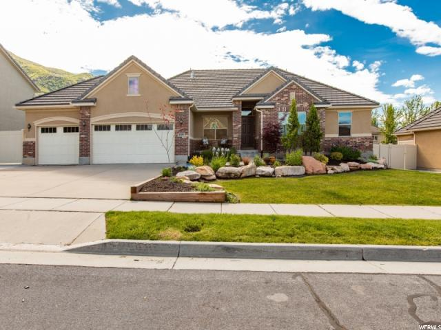 1009 S Caprice Ln, Fruit Heights, UT 84037 (#1605161) :: The Fields Team