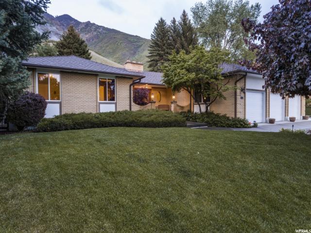 8167 S Mountain Oaks Dr E, Cottonwood Heights, UT 84121 (MLS #1605589) :: Lawson Real Estate Team - Engel & Völkers