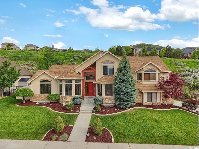 1624 E Hillside Oaks Cv S, Draper, UT 84020 (#1605663) :: goBE Realty