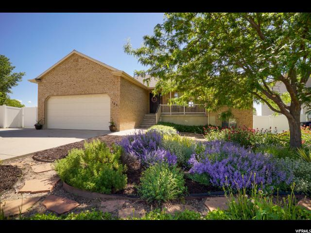 103 S 525 W, Clearfield, UT 84015 (#1607068) :: Red Sign Team