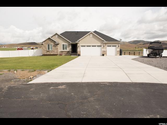 1627 Smithfield Dr, Eagle Mountain, UT 84005 (#1608036) :: goBE Realty