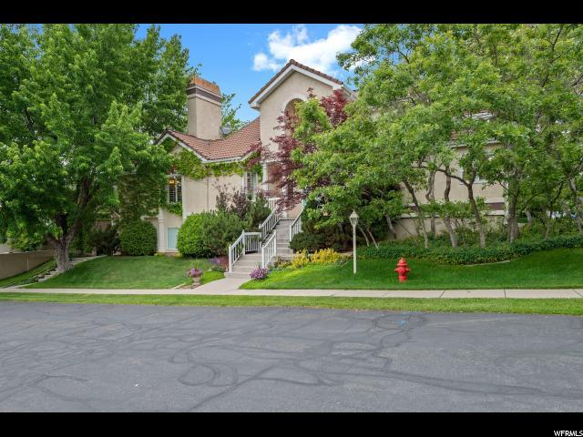 2031 E Oak Manor Dr, Sandy, UT 84092 (#1608369) :: Red Sign Team