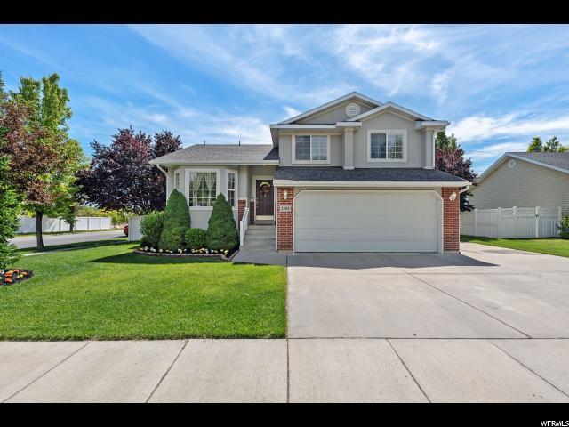 1284 W Bridgecreek Ln, Layton, UT 84041 (#1608404) :: Bustos Real Estate | Keller Williams Utah Realtors