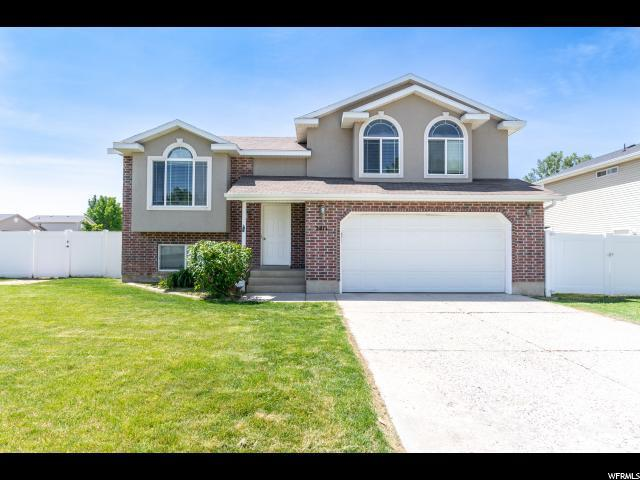 2411 W 1725 N, Clinton, UT 84015 (#1608509) :: Doxey Real Estate Group