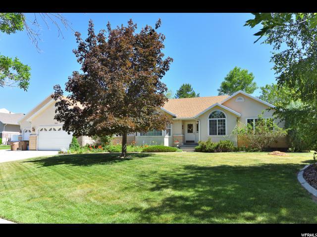 768 E Corner Ridge Dr., Draper, UT 84020 (#1608710) :: Bustos Real Estate | Keller Williams Utah Realtors
