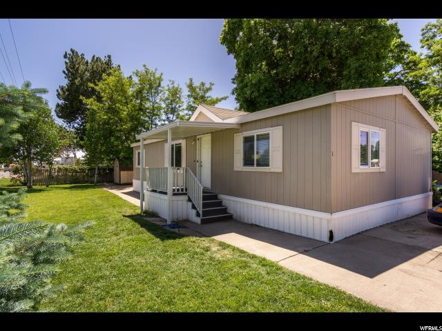 1005 W 450 N #1, Clearfield, UT 84015 (#1608807) :: Doxey Real Estate Group