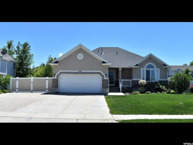 1221 W 1235 N, Clinton, UT 84015 (#1608978) :: Doxey Real Estate Group