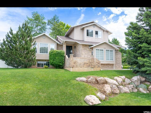 1342 Hillsboro Dr, Layton, UT 84040 (MLS #1609133) :: Lawson Real Estate Team - Engel & Völkers