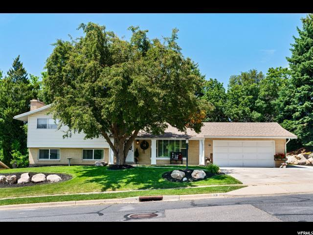 901 Manchester Rd, Kaysville, UT 84037 (#1609279) :: Doxey Real Estate Group