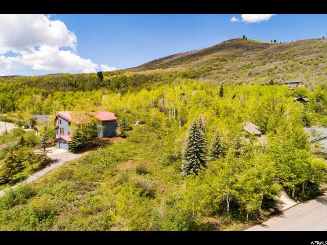 8669 N Gorgoza Dr, Park City, UT 84098 (#1609384) :: Doxey Real Estate Group