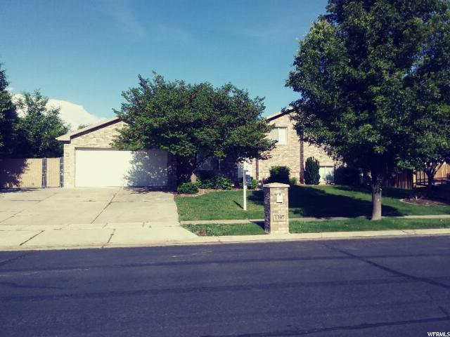 1397 S 1525 W, Syracuse, UT 84075 (#1609543) :: Doxey Real Estate Group