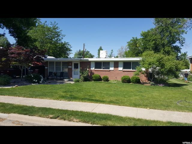 463 N 400 E, Kaysville, UT 84037 (#1609562) :: Doxey Real Estate Group