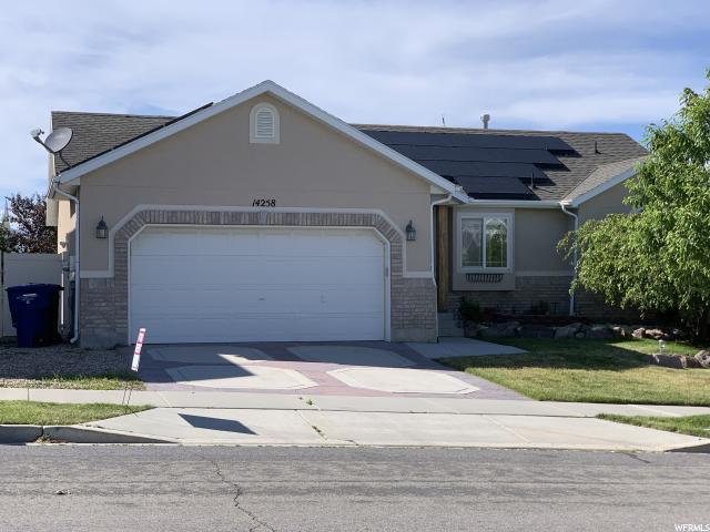 14258 S Crown Rose Dr W, Herriman, UT 84096 (#1609583) :: Bustos Real Estate | Keller Williams Utah Realtors
