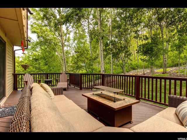 2380 Good Trump Ct, Park City, UT 84060 (#1609752) :: goBE Realty