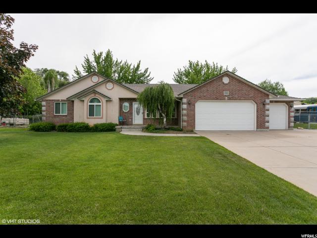 1981 E Cedar Bench Dr S, South Weber, UT 84405 (#1609777) :: Doxey Real Estate Group