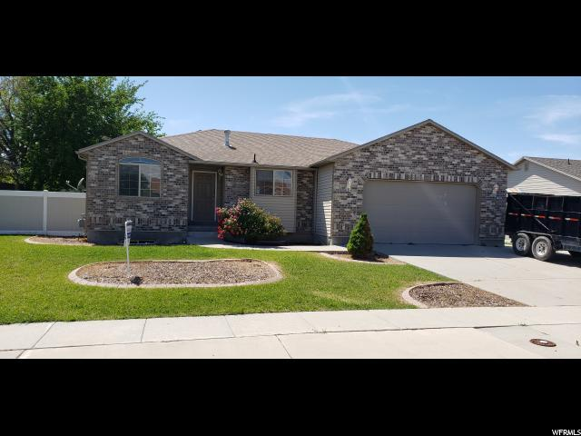 2882 S Adam Hill Way W, Magna, UT 84044 (#1609830) :: Doxey Real Estate Group