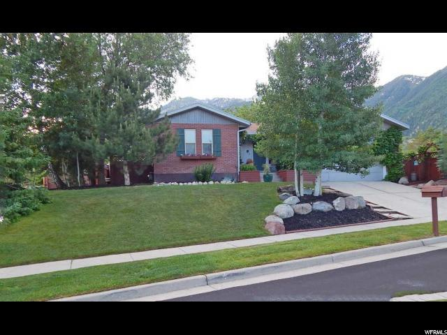11433 S Mountain Ridge Cir, Sandy, UT 84092 (#1609860) :: Red Sign Team