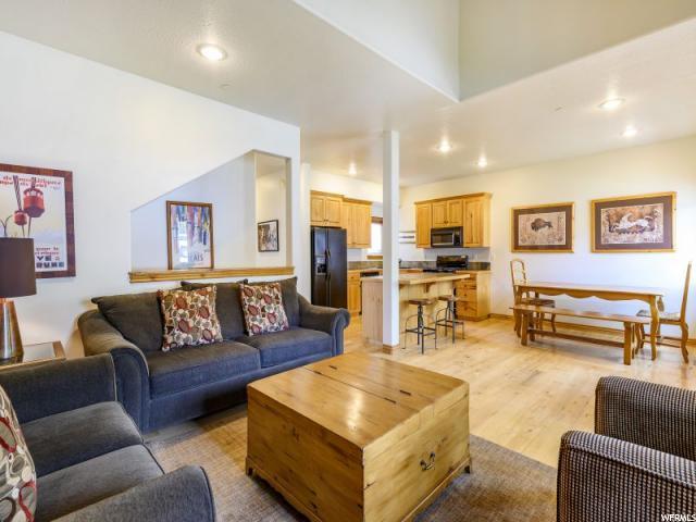 5466 Bobsled Blvd, Park City, UT 84098 (MLS #1609984) :: High Country Properties