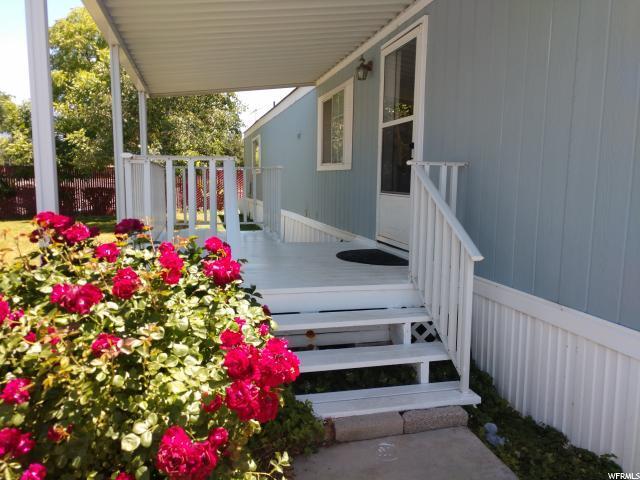 117 W Blisswood Cir S, Midvale, UT 84047 (#1610160) :: Bustos Real Estate | Keller Williams Utah Realtors