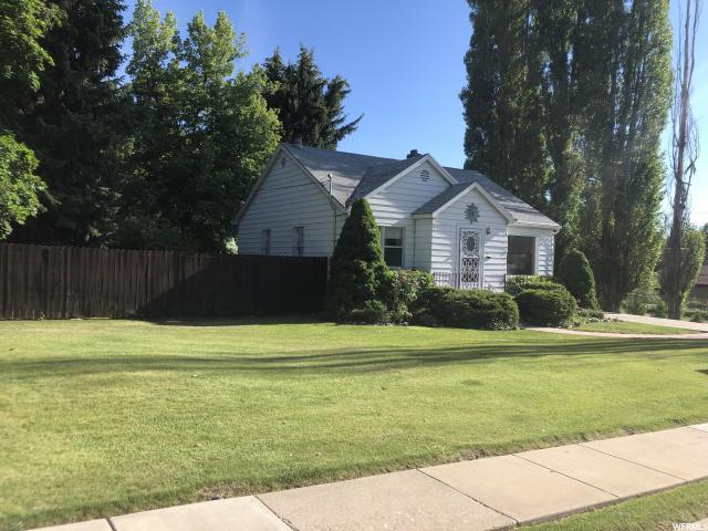 821 E Bel Mar Dr., South Ogden, UT 84403 (#1610162) :: The Utah Homes Team with iPro Realty Network