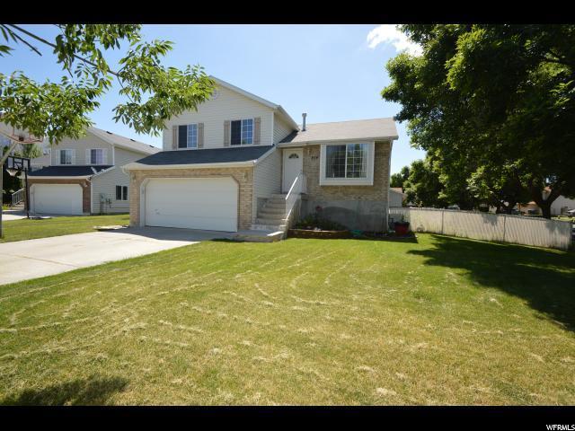 854 S Meadow View Dr W, Ogden, UT 84404 (MLS #1610171) :: Lawson Real Estate Team - Engel & Völkers