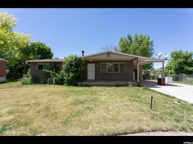 1207 N 350 E, Layton, UT 84041 (#1610283) :: Big Key Real Estate