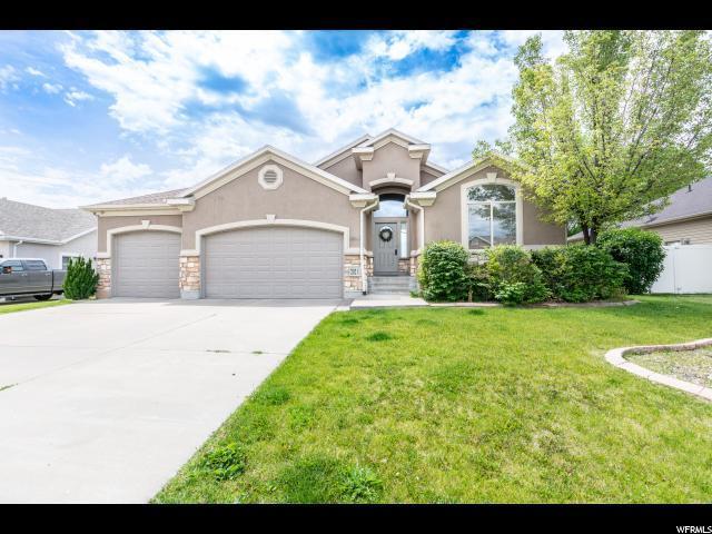 202 E 1500 N, Layton, UT 84041 (#1610354) :: Big Key Real Estate