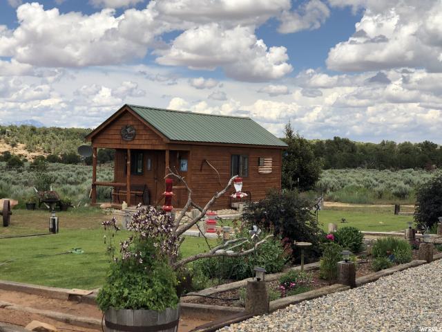 3057 W Deer Park Dr, Monticello, UT 84535 (MLS #1610404) :: High Country Properties