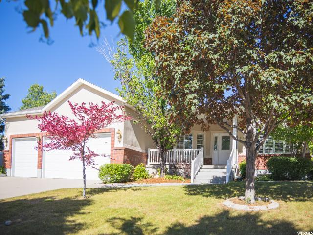 8697 S Terrace Ct, Sandy, UT 84093 (#1610717) :: Red Sign Team