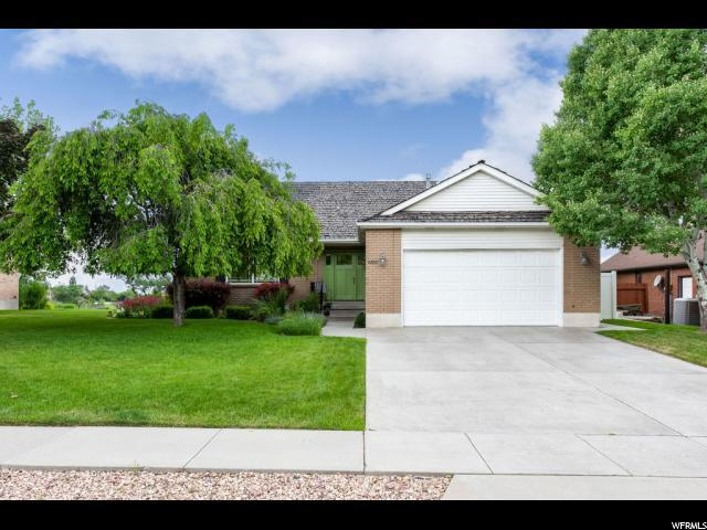6810 S Manorly Cir E, Cottonwood Heights, UT 84121 (#1610766) :: Red Sign Team