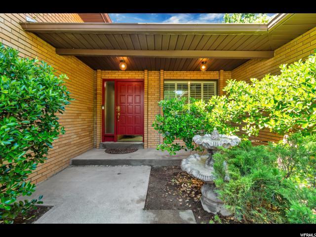 1750 E Janella Way S, Sandy, UT 84093 (#1610818) :: Bustos Real Estate | Keller Williams Utah Realtors
