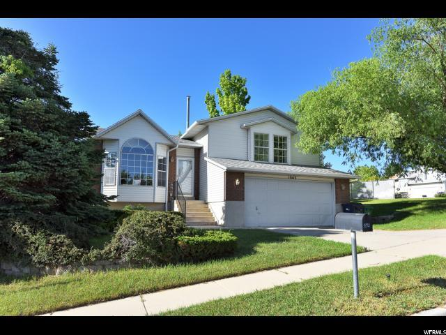 1043 E Eagle Bend Rd S, Sandy, UT 84094 (#1610929) :: Bustos Real Estate | Keller Williams Utah Realtors