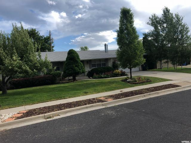 1358 E 7200 S, Cottonwood Heights, UT 84121 (#1611056) :: Red Sign Team