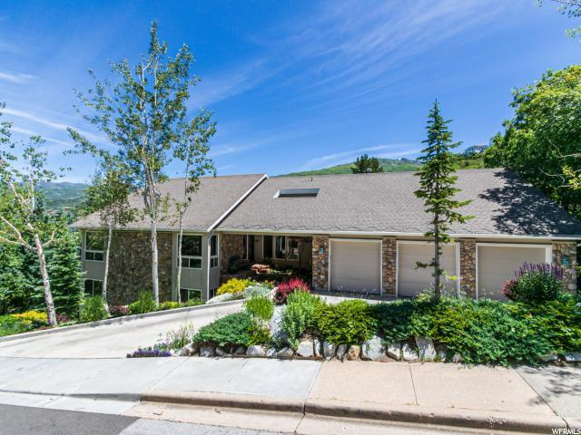 2585 E Cave Hollow Way, Bountiful, UT 84010 (#1611117) :: Action Team Realty