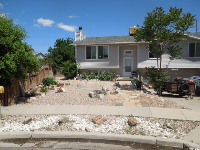 5378 W Silvertip Dr S, Salt Lake City, UT 84118 (#1612092) :: Exit Realty Success