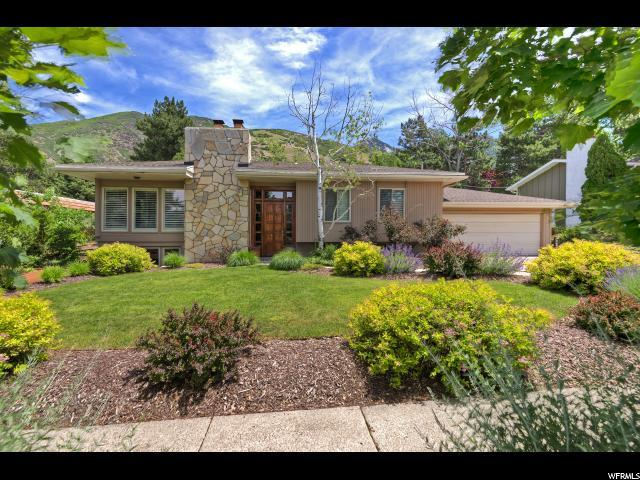 8505 S Kings Cove Dr E, Salt Lake City, UT 84121 (MLS #1612342) :: Lawson Real Estate Team - Engel & Völkers