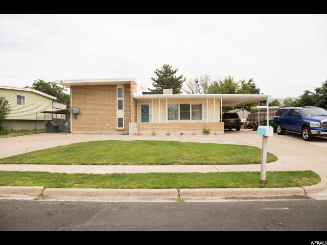 1858 W Cliff Pl, Layton, UT 84041 (MLS #1612426) :: Lawson Real Estate Team - Engel & Völkers