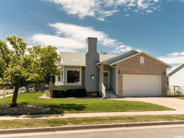 819 W 2450 N, Layton, UT 84041 (MLS #1612697) :: Lawson Real Estate Team - Engel & Völkers
