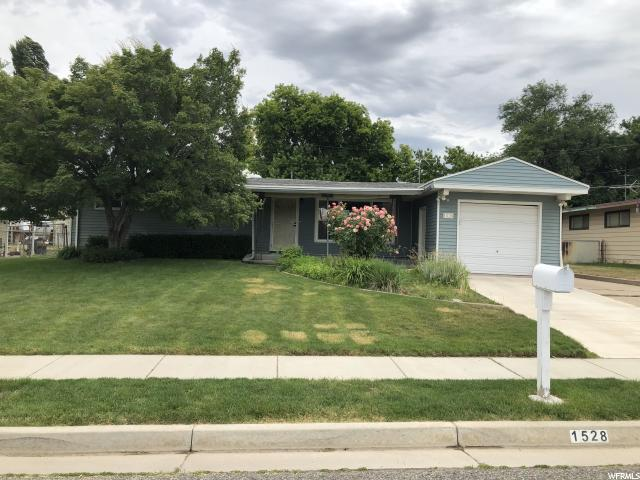 1528 N 475 W, Sunset, UT 84015 (#1613214) :: goBE Realty