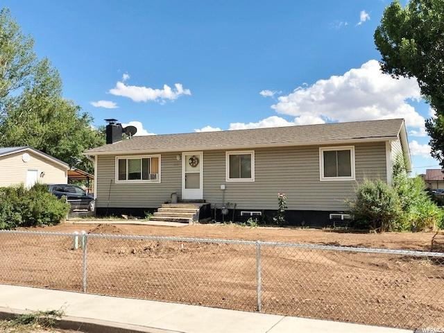 830 E 300 N, Roosevelt, UT 84066 (#1613805) :: Red Sign Team