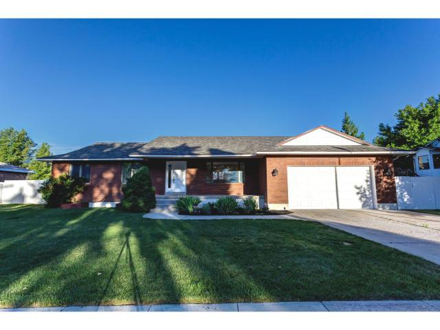11634 S Player Rd, Sandy, UT 84092 (#1613994) :: Red Sign Team