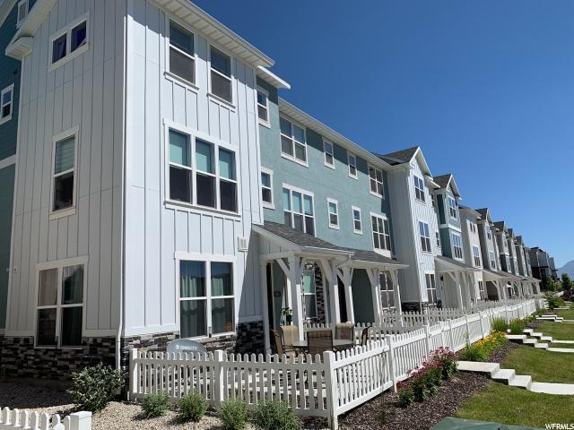 5153 W Stockfield Ln S #103, Herriman, UT 84096 (MLS #1614052) :: Lawson Real Estate Team - Engel & Völkers