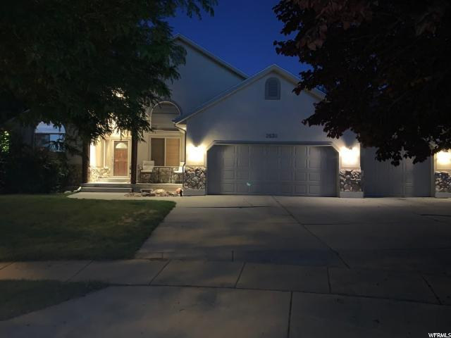 3539 W Shady Ridge Ct S, Riverton, UT 84065 (#1614190) :: Big Key Real Estate