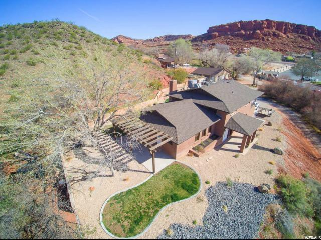 1295 N Bluff, St. George, UT 84770 (#1614200) :: RE/MAX Equity