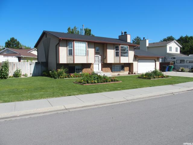 6254 S Barton Park Dr W, West Jordan, UT 84084 (MLS #1614310) :: Lawson Real Estate Team - Engel & Völkers