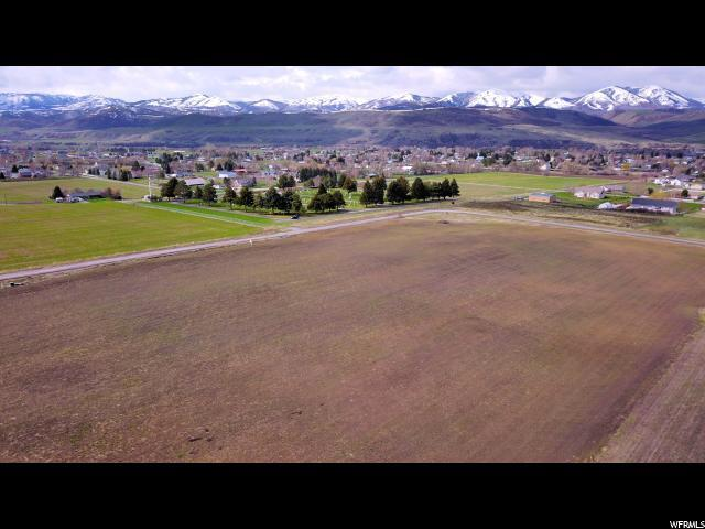 377 E 8900 S, Paradise, UT 84328 (#1614527) :: The Perry Group