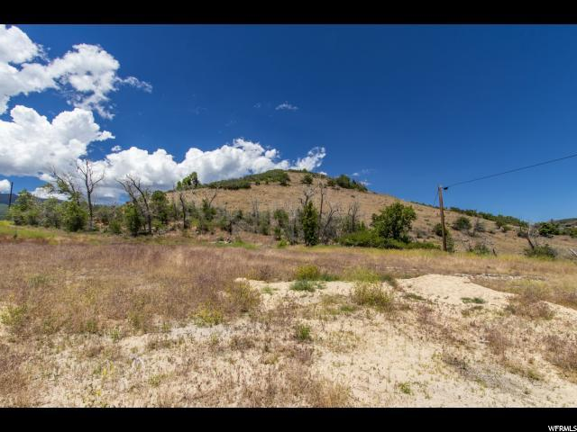 1440 Pine Canyon Rd, Midway, UT 84049 (#1614903) :: goBE Realty